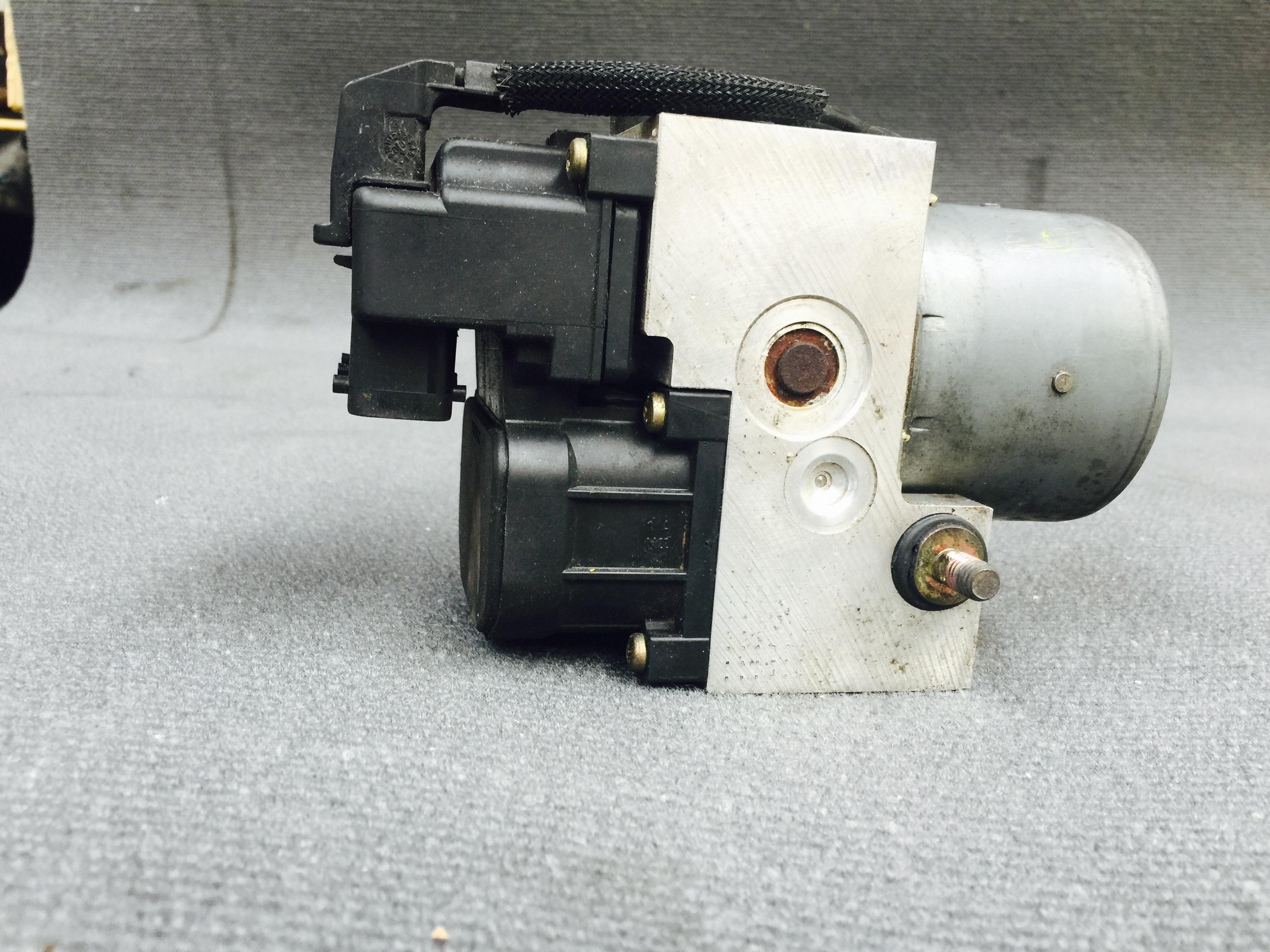 Abs Module Pump 94 On Bongospares Co Uk